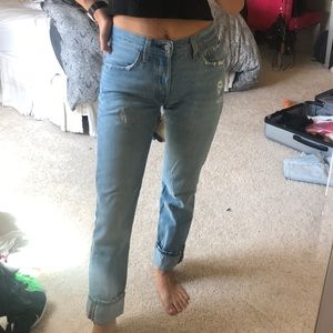 Levi 501 distressed jeans